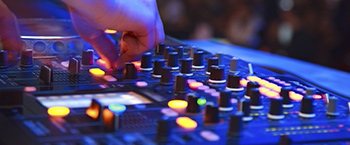Tips to choose your wedding DJ